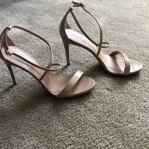 Steve Madden strappy nude heels size 10